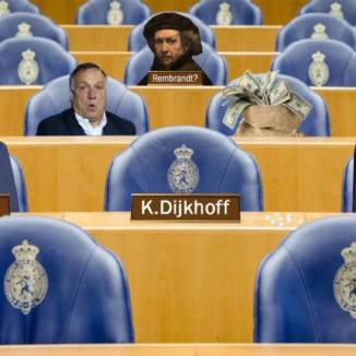 Photoshop montage featuring the Lower House benches occupied by ordinary Dutch couple Sander and Sonja, an empty chair with Klaas Dijkhoff's name plate, Dick Advocaat, a bag of money and a portrait of doubtful origin attributed to Rembrandt.